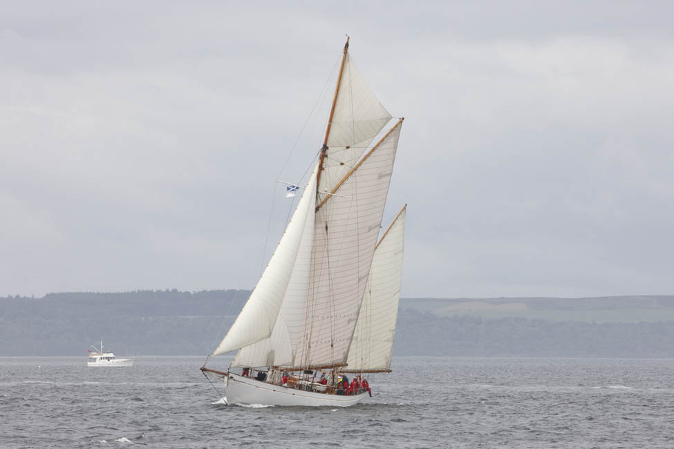 2013-07-fifes-regatta-largs-007