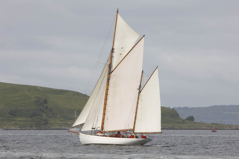 2013-07-fifes-regatta-largs-008