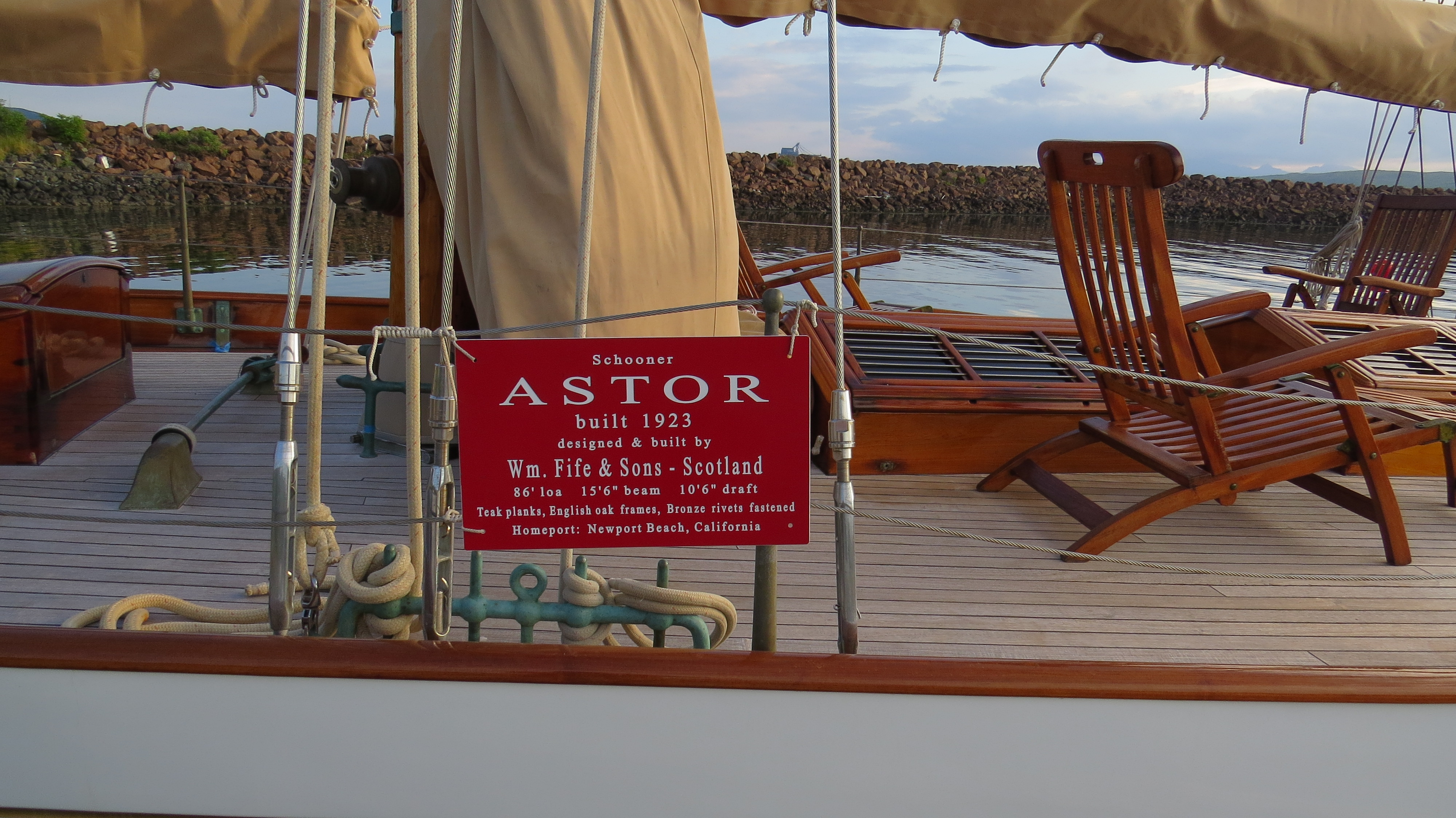 astor-plaque